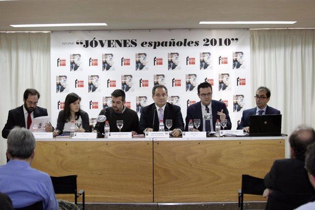Presentación Informe Jóvenes 2010