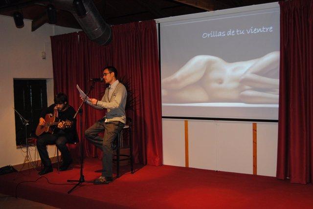 Un homenaje a Miguel Hernández inaugura la sala de actos del museo municipal