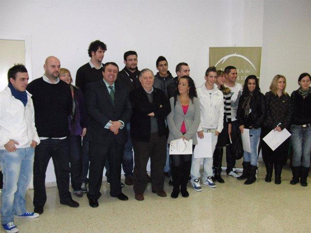 Muñoz con los alumnos de la Escuela de Hostelería