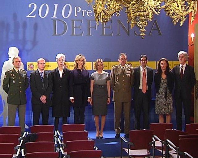 NP La Batalla De Asturias De TPA Recibe El Premio Defensa 2010