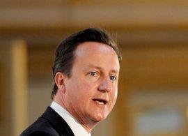"""Cameron: Reino Unido asumirá un """"papel importante"""" en el rescate de Irlanda"""