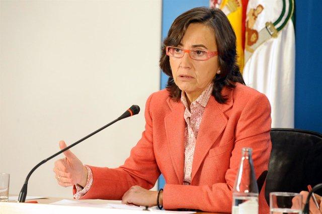 La ministra Rosa Aguilar