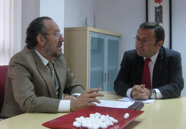 Enrique Linde y Miguel Ángel Heredia en la reunión sobre turismo de cruceros