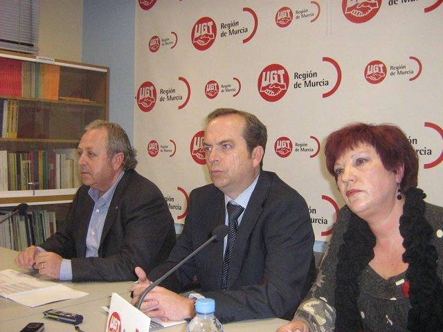 UGT aborda la prevención de riesgos laborales en la mujer, especialmente durante