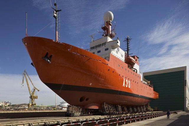 El Hespérides en el astillero Navantia para obras de mantenimiento y renovación