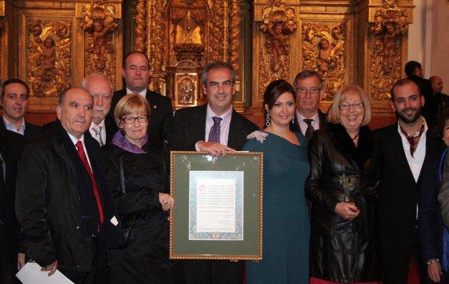 Entrega del galardón 'Antequera de Turismo' a la UMA
