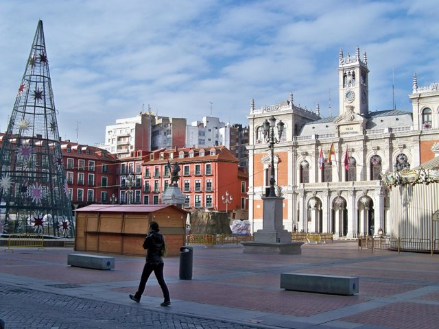 Decoración navideña en la plaza Mayor de Valladolid.