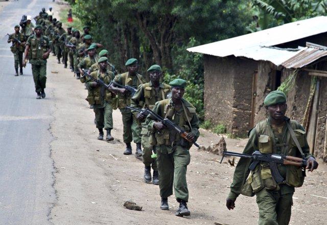 Soldados del gobierno en RDC (congo)