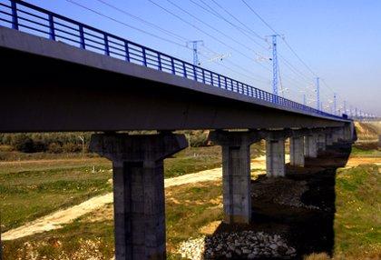 Economía/Transportes.- El negocio ferroviario crecerá un 11% el año que viene impulsado por las líneas de alta velocidad