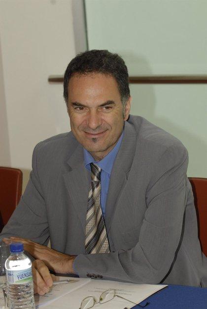 Quirós dice que se buscan vías de reducción del gasto farmacéutico para ajustarse al presupuesto