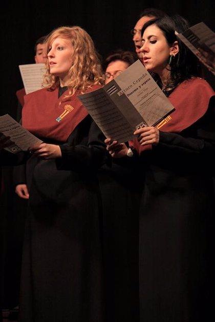 El Coro Amadeus y de la UEx interpretan obras de fondos extremeños en pueblos de colonización de Badajoz