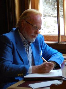 El escritor Mauricio Wiesenthal