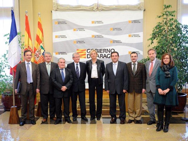 Eva Almunia en la reunión celebrada con los alcaldes del Departamento francés de
