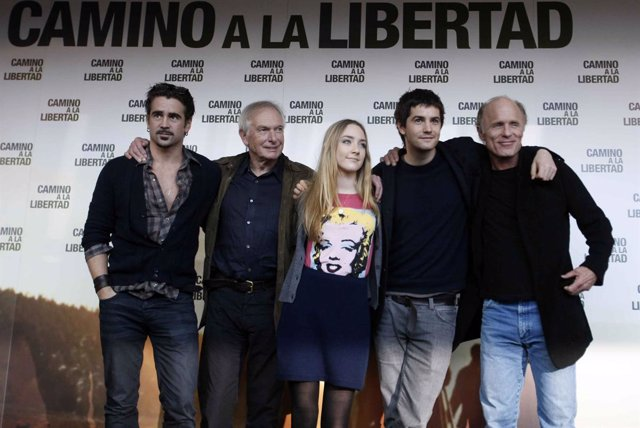Colin Farrel, Peter Weir, Saoirse Ronan, Jim Sturgess y Ed Harris