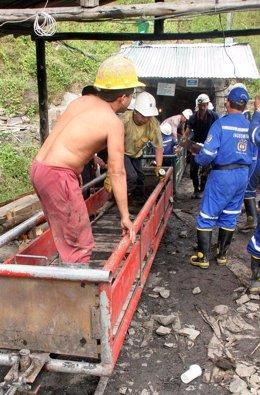 Mina-mineros-minería en Latinoamérica