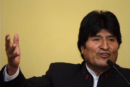 Morales rebaja a 58 años la edad de jubilación en Bolivia