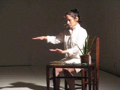 La compañía Arriana ofrece este fin de semana dos funciones del espectáculo 'Knochenblume'