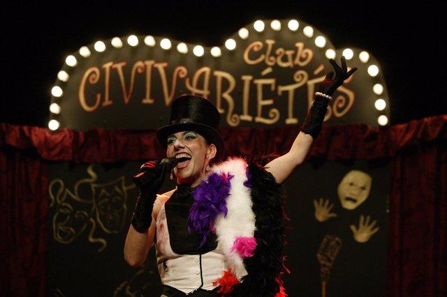 Uno de los espectáculos del Club Civivarietés.
