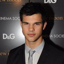 El actor de crepúsculo Taylor  Lautner