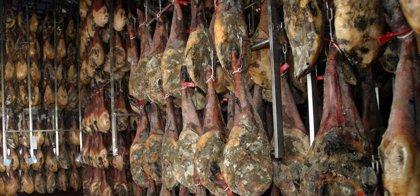Una campaña intensificará en Extremadura el control de los productos ibéricos con el fin de evitar fraudes