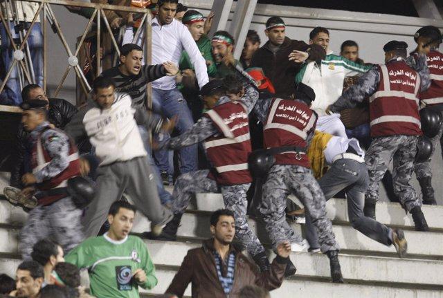 Enfrentamientos en Jordania tras un partido de fútbol