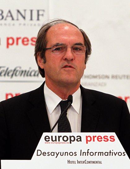 """Ángel Gabilondo afirma que la educación es """"la mejor política social"""" y la """"mejor política económica"""""""