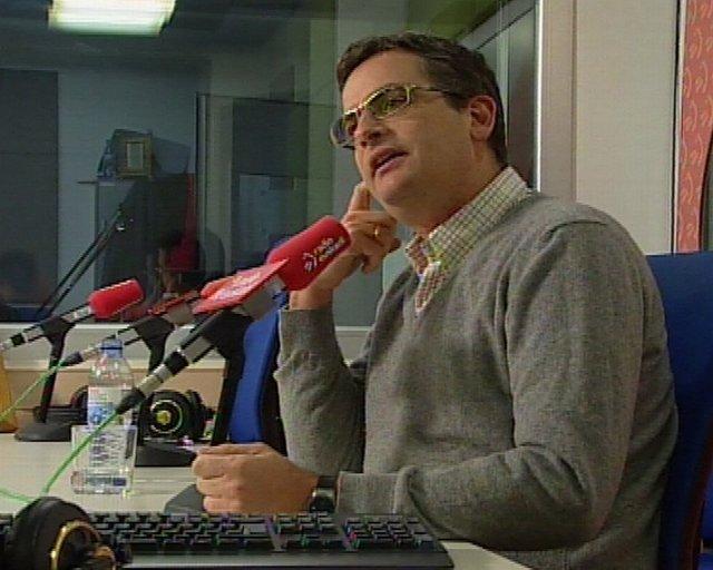 Imágenes de la entrevista al presidente del PP vasco, Antonio Basagoiti, en Radi