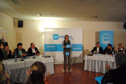 Cospedal anuncia la candidatura de Carmen Bayod a la Alcaldía de Albacete