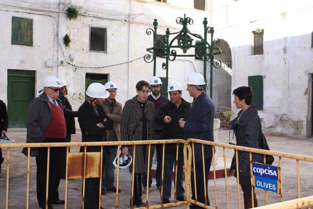 Joana Barceló visita el inicio de obras