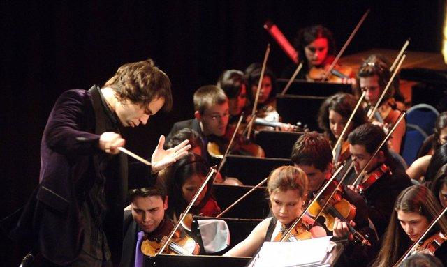 Vicent con la orquesta