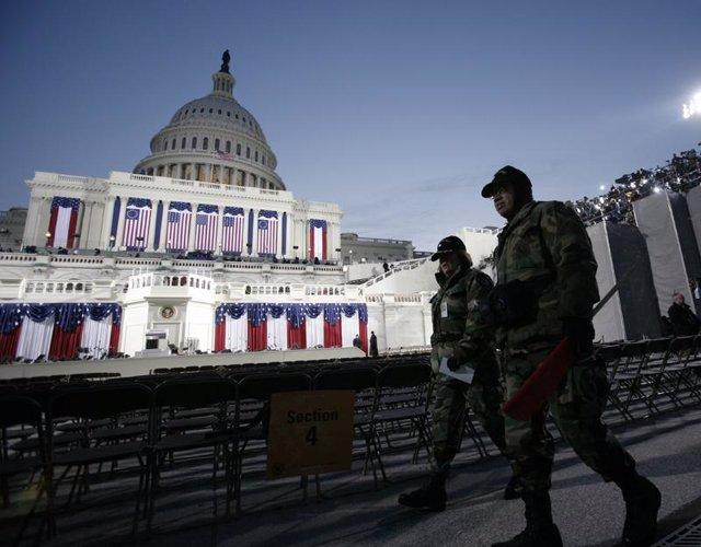 Militares en el Capitolio
