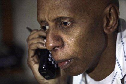 """Fariñas ve """"beneficiosa"""" para la disidencia su ausencia en el Sarajov"""