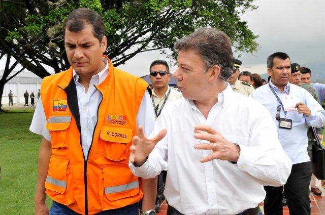 Los presidentes de Ecuador, Rafael Correa; y de Colombia, Juan Manuel Santos.