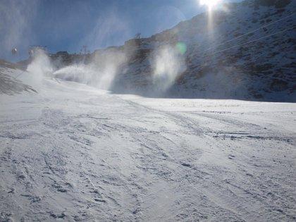 Sierra Nevada abre este viernes 55 kilómetros, la mayor longitud esquiable de la temporada