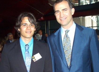 Un alumno de la UNED Pamplona, premio nacional al mejor curso académico con una nota media de 10 en Físicas