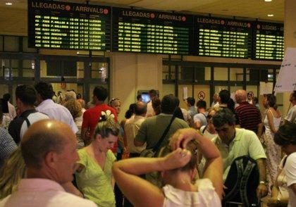 Economía/Transportes.-Cancelados 47 vuelos entre aeropuertos españoles y Francia, Alemania y Reino Unido por el temporal