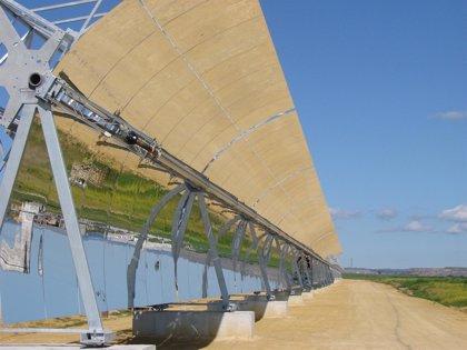 Abengoa Solar e Itochu se alían para construir y operar dosplantas termosolares de 50 mW en Cáceres