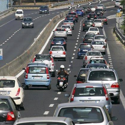 El IV Plan de Navidad, que contará con 4.800 agentes de las FCSE, prevé 2,5 millones de desplazamientos de vehículos