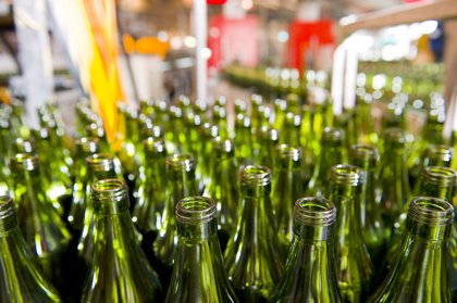 Los españoles reciclaron 126 millones de kilos de envases de vidrio la pasada Navidad