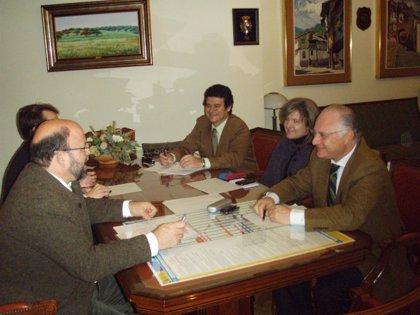 La Fundación Valhondo Calaff y Cáceres Capital acuerdan un planning de trabajo sobre el futuro aeródromo de Cáceres