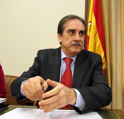 """El PP achaca al Gobierno haber """"abandonado a los inmigrantes a su suerte"""" con los recortes de la crisis económica"""