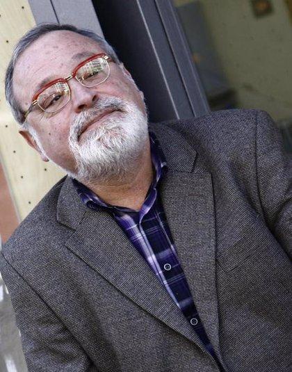 El escritor Fernando Savater imparte este martes una conferencia sobre 'Filosofía y Literatura'