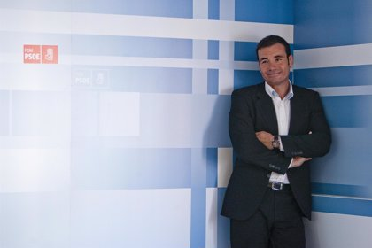 Gómez niega que esté haciendo oposición a Zapatero y dice que su estrategia electoral estará centrada en Madrid