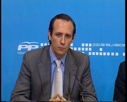 """Bauzá brinda por el """"cambio"""" en las elecciones de 2011 y por una legislatura en manos del PP"""