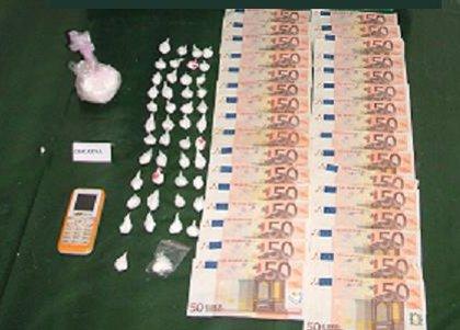 La Guardia Civil detiene a dos personas y desmantela un punto de venta de cocaína en Campillos