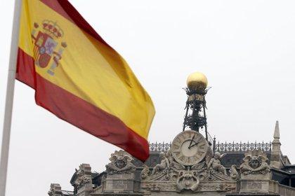Economía/Finanzas.- (Ampl) Moody's amenaza con bajar el rating de 30 entidades financieras españolas