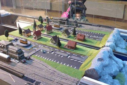 RSC.-La estación de Adif en Irún (Guipúzcoa) acoge la exposición 'Ferrocarril e Industria'