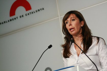 """Camacho avisa de que la transición que pide Mas lleva a Cataluña hacia """"debates estériles"""""""