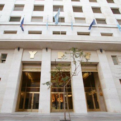 Repsol vende un 3,3% de YPF a fondos de inversión