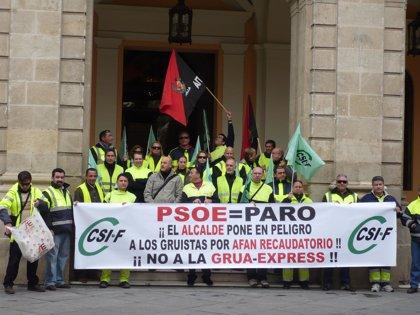 Gruistas donan sangre la próxima semana dentro de las movilizaciones contra la 'grúa-express' y el ERTE